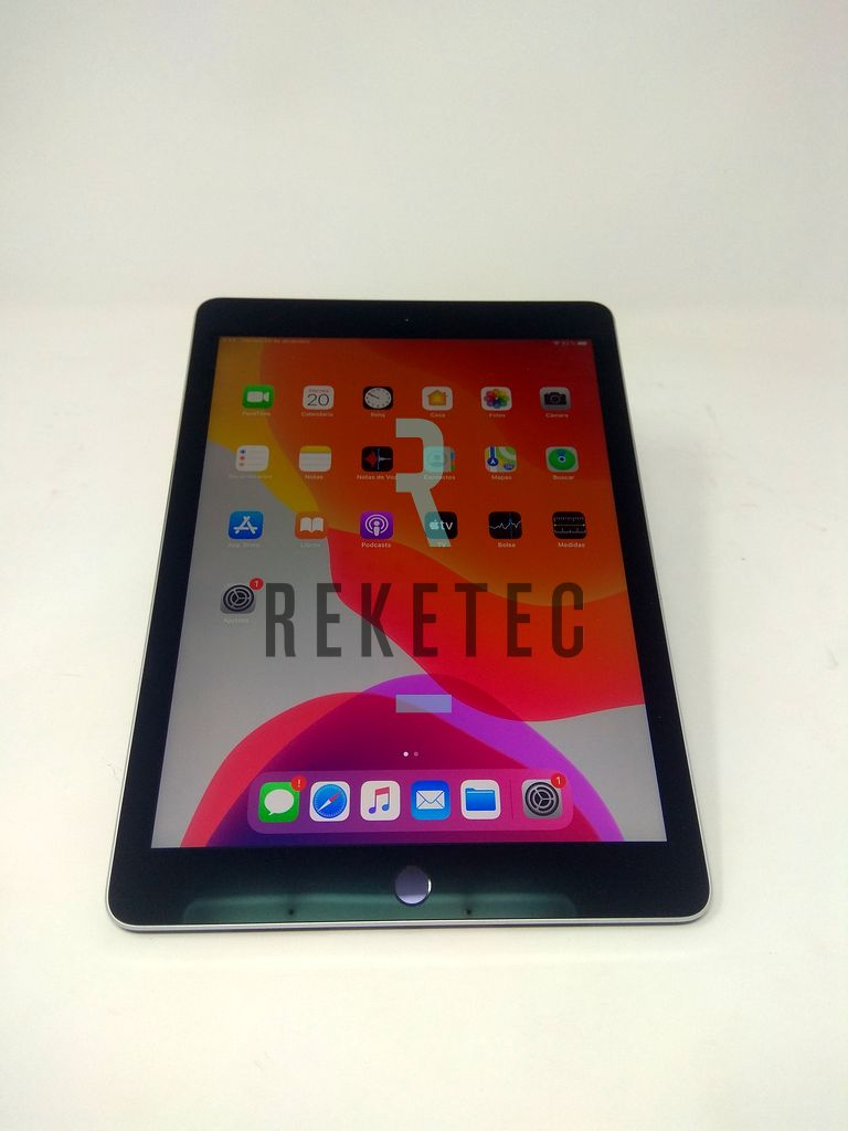 "APPLE iPad Pro 9,7"" WiFi A1673 (2016) 32GB Gris Espacial Grado A"